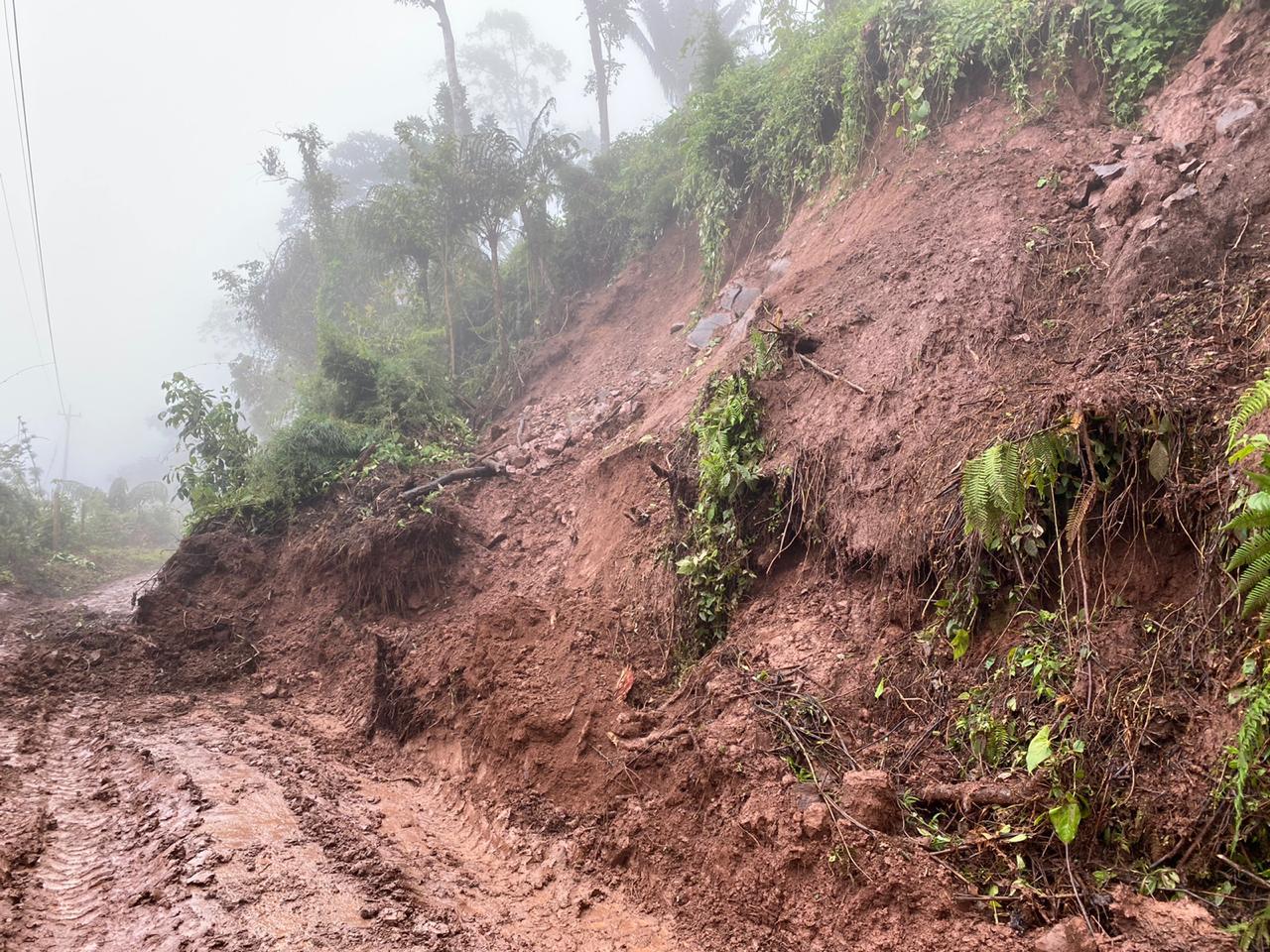 El temor de las autoridades de Gestión del Riesgo es que los deslizamientos de tierra generen una avalancha. Cortesía/EL PILÓN