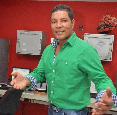 'El catedrático' Juan Manuel Pérez, compositor.     FOTO/ARCHIVO.