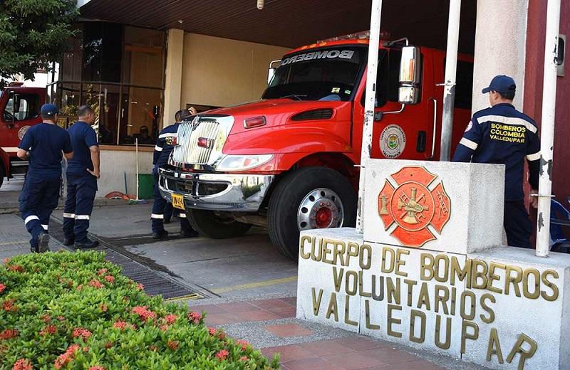 Los bomberos de Valledupar esperan una solución pronta para seguir prestando sus servicios.  FOTO/JOAQUÍN RAMÍREZ.