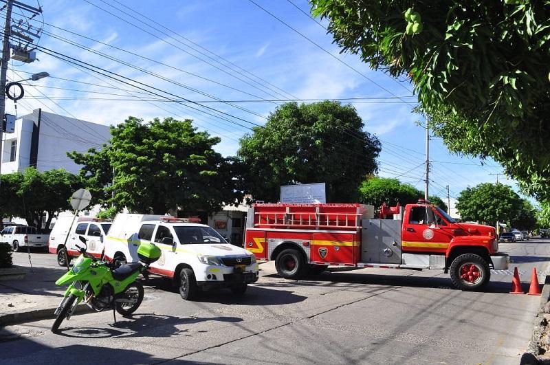 La covid-19 hizo lo que las emergencias no pudieron, arrebatarle la vida a uno de los bomberos.   FOTO/ARCHIVO.