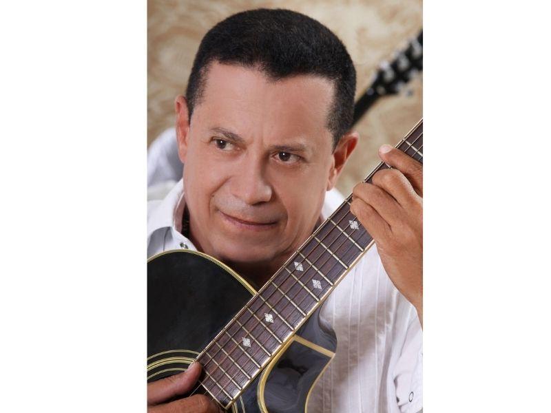 En aquel tiempo Roberto Calderón hizo dos canciones que entraron en el campo de los clásicos vallenatos.  FOTO/CORTESÍA.
