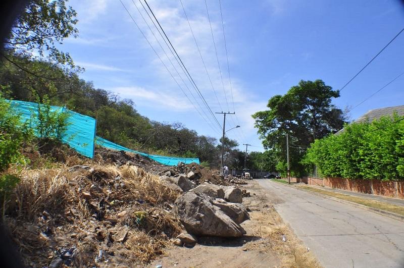 Los trabajos fueron paralizados temporalmente por Corpocesar.   FOTO/JOAQUÍN RAMÍREZ.