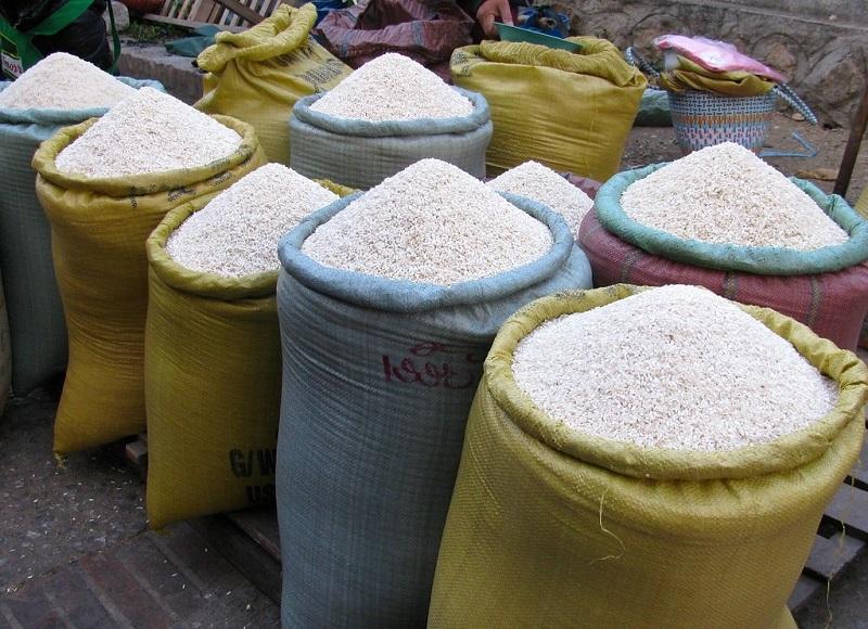 """A los molineros les han devuelto pedidos de arroz blanco debido a una """"sobreoferta de arroz"""".     FOTO/JOAQUÍN RAMÍREZ."""