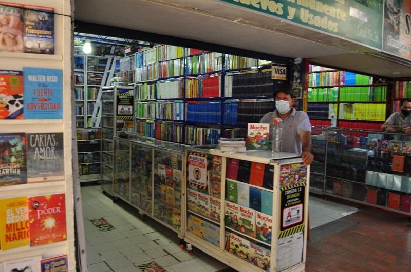 Pocas ventas de textos y útiles escolares es lo que impera en las librerías de la ciudad.   FOTO/JOAQUÍN RAMÍREZ.