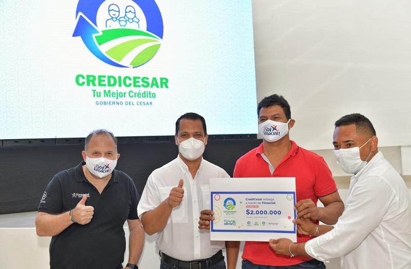 Los beneficiados han sido microempresarios de diferentes municipios del Cesar.   FOTO/CORTESÍA.